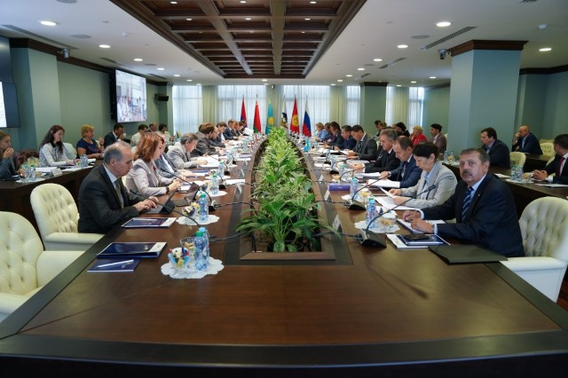 Консультативный комитет по транспорту ЕЭК подвел итоги интеграционных процессов в первом полугодии