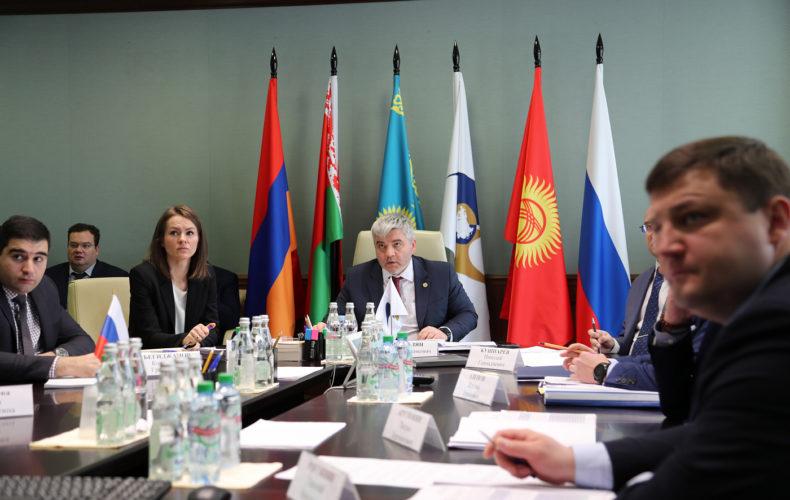 Страны ЕАЭС будут углублять кооперацию в авиационной промышленности