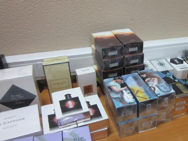 Ростовские таможенники обнаружили парфюмерию с признаками контрафактности