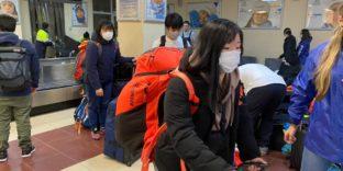 Чартерный борт из Токио со спортсменами и 5 тоннами инвентаря оформили сахалинские таможенники в аэропорту Южно-Сахалинска