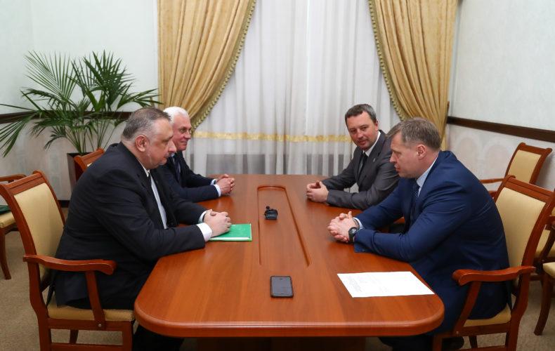 Состоялась рабочая встреча начальника Южного таможенного управления и губернатора Астраханской области