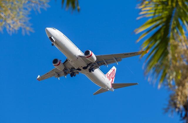 За два месяца регулярных полетов в Турцию таможенный контроль прошло более 33 тысяч пассажиров