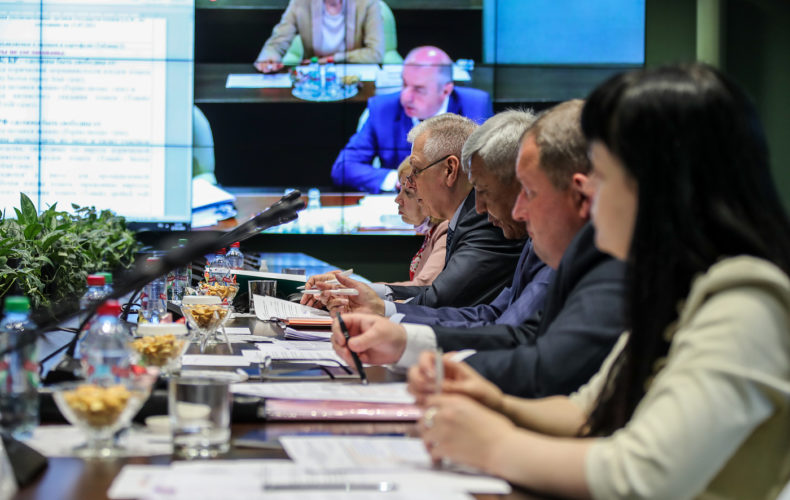 В ЕЭК на совещании высокого уровня договорились установить карантинные фитосанитарные требования к плодам овощных культур, ввозимых и перемещаемых по территории ЕАЭС