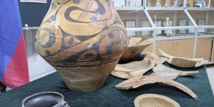 Брянские таможенники пресекли попытку ввоза в РФ уникальных исторических ценностей бронзового века
