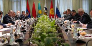 Страны ЕАЭС активно работают над Соглашением о внедрении электронных навигационных пломб