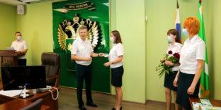 В Калининградской областной таможне прошло торжественное собрание, посвящённое Дню России