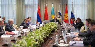 ЕЭК согласовала продление срока государственного регулирования цен на социально значимые товары в Беларуси