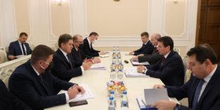 Андрей Слепнев и Игорь Петришенко обсудили актуальные вопросы торговли ЕАЭС