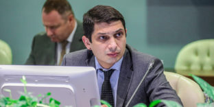 Министр ЕЭК Гегам Варданян провёл презентацию проекта «Работа без границ» для стран СНГ