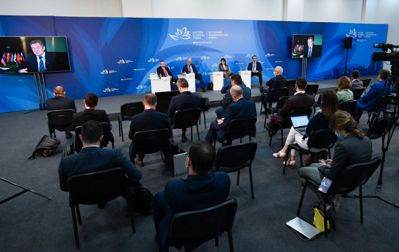 ВЭФ 2021: сеть международных контактов ЕАЭС закладывает фундамент Большого Евразийского партнерства