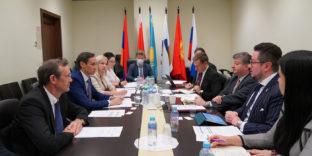 ЕЭК и Эквадор активизируют диалог в сферах технического регулирования и СФС-мер