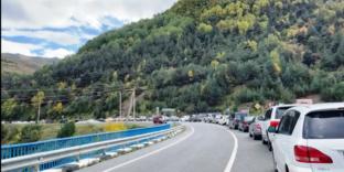 В Северо-Кавказском таможенном управлении пояснили причину очереди на таможенном посту Нижний Зарамаг