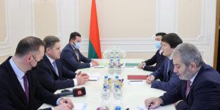 Руслан Бекетаев и Игорь Петришенко обсудили вопросы налогообложения в сфере электронной торговли