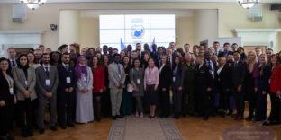 Молодые дипломаты мира вместе помогают сохранять память о Великой Отечественной войне