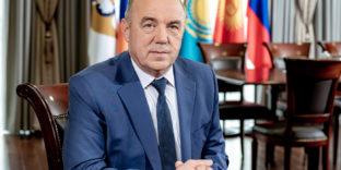 Министр по техническому регулированию ЕЭК Виктор Назаренко поздравил коллег со Всемирным днем стандартов